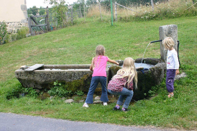 Fontaine sur le chemin des sources